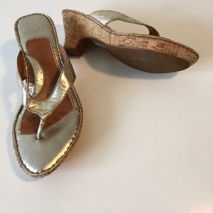 Born sandals 8M gold